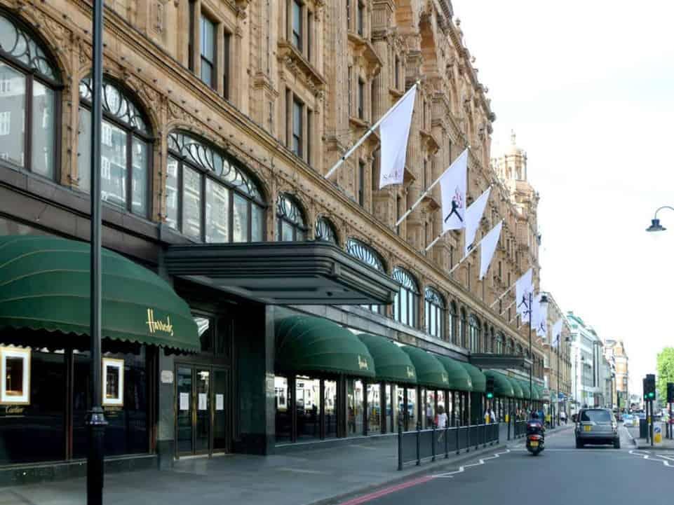Einkaufen bei Harrods in London